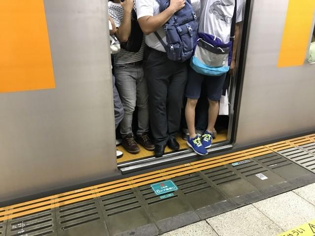 横須賀線新川崎駅で人身事故!運転を見合わせ振替輸送