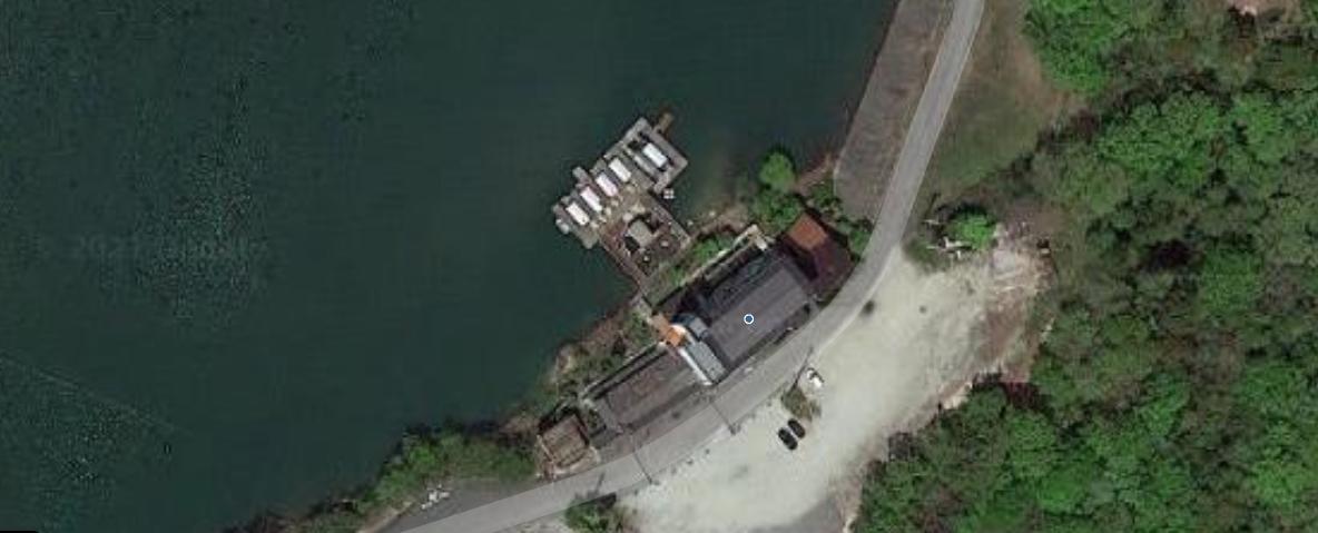 兵庫県加東市黒谷の旅館「東条湖グランド赤坂」転落事故で5歳児死亡