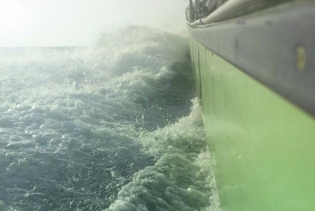 猪苗代湖事故の別船の動画公開、乗員「やばい」