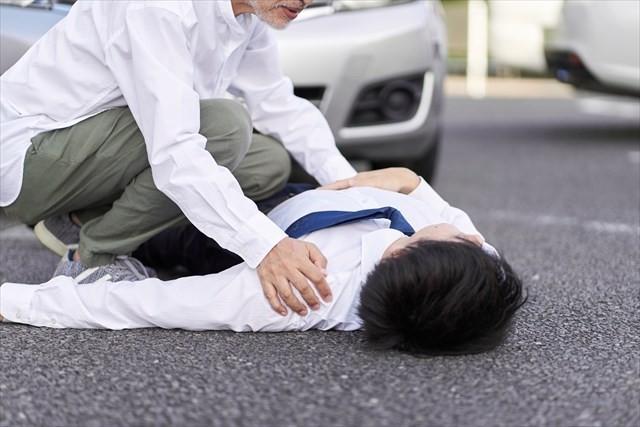 長野県小布施町ハイウェイオアシスに近い県道で自転車事故で通行止め