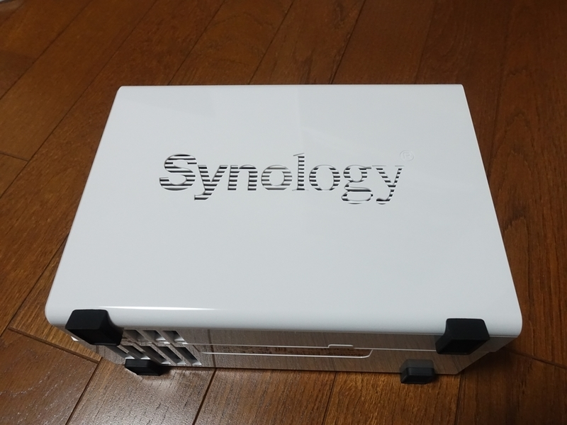 Synology DiskStation DS218jの外観
