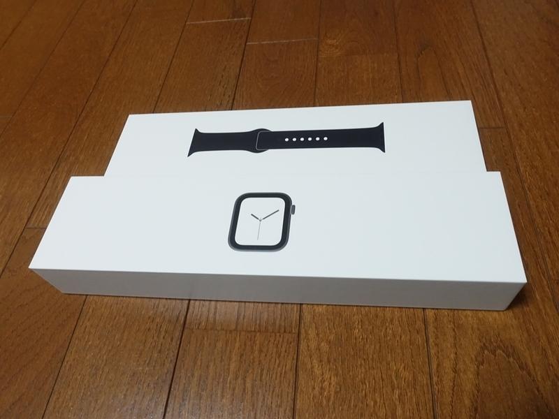 Apple Watch Series4のパッケージの中身