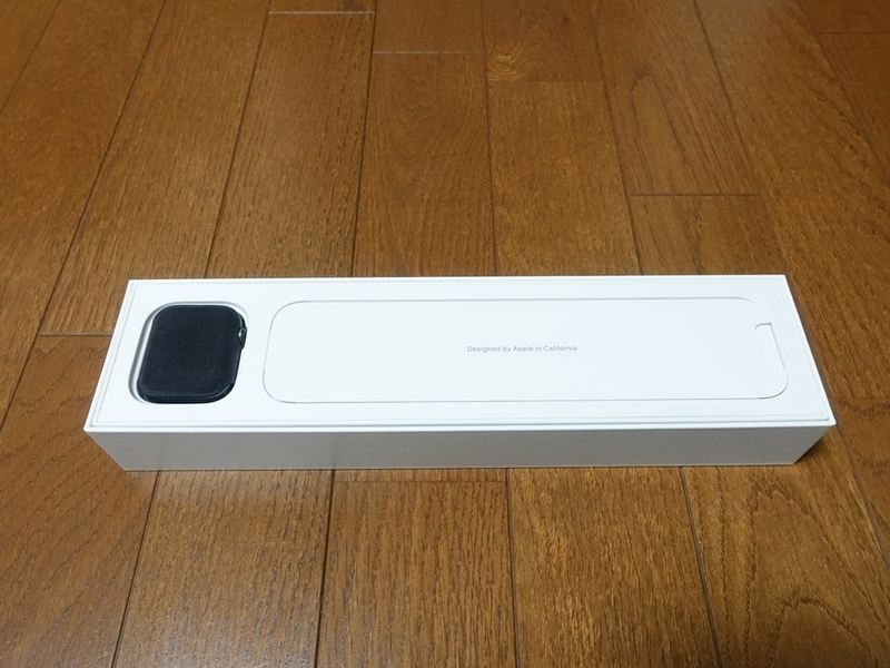 Apple Watch Series4の箱