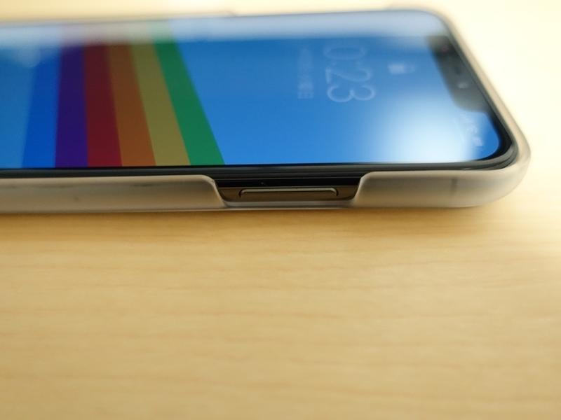 AndMesh iPhone X ケース Basic Case 電源ボタン周りの外観