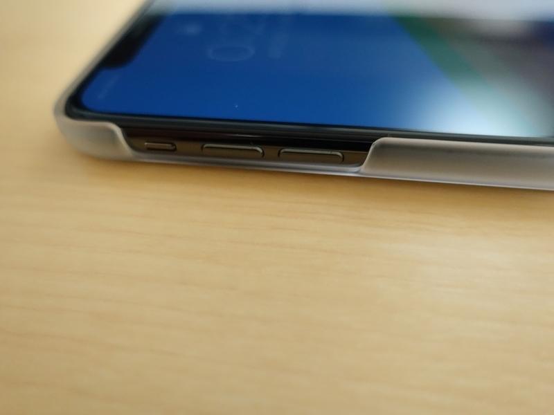 AndMesh iPhone X ケース Basic Caseサイドボタン周りの外観