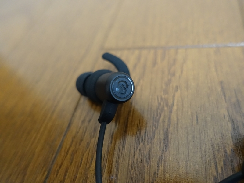 SoundPEATS(サウンドピーツ) Q35Proの外観詳細