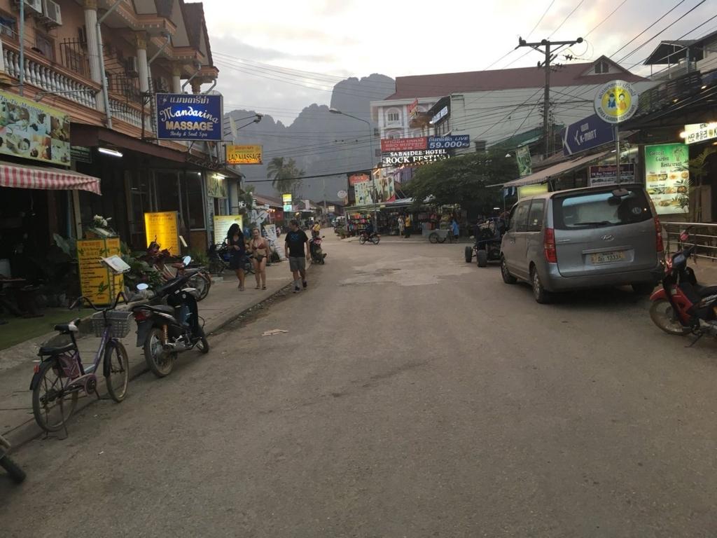 f:id:taharabkk:20171216194913j:plain