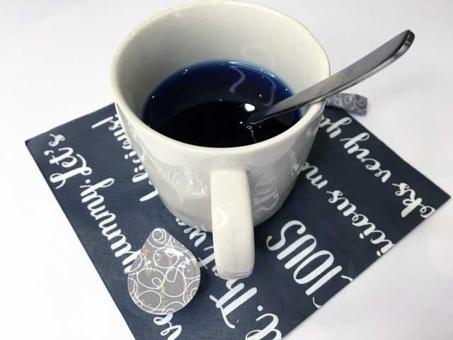 【ダイソー】閲覧注意♡美肌と引き換えに飲んで欲しい青いお茶!?