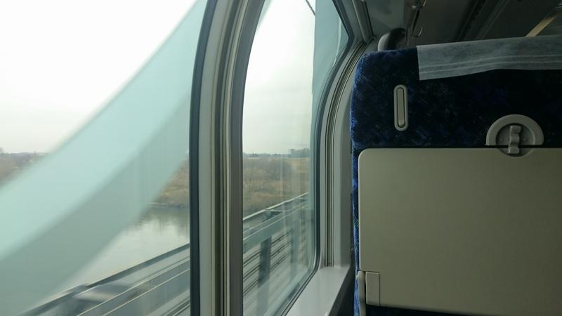 [風景][電車][車窓]