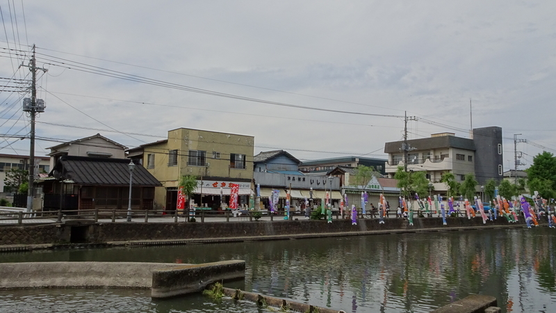 [風景][橋][鯉のぼり]