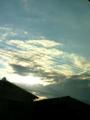 雲と暮れかけた太陽