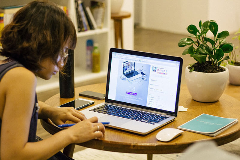 独学から最短でWebデザイナーになろうと考えている人におすすめの勉強法