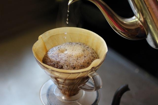 ペーパードリップ式コーヒー
