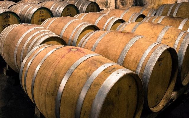ワイン熟成中