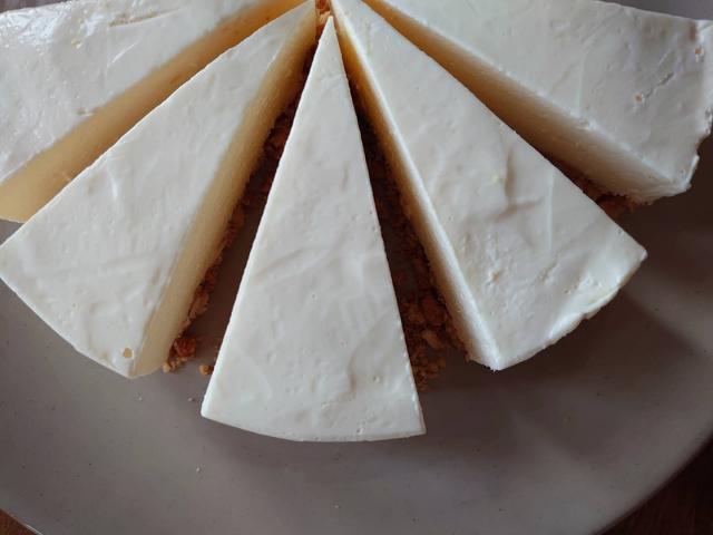 レアチーズケーキ4