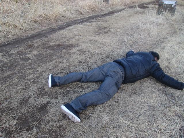 人が倒れている