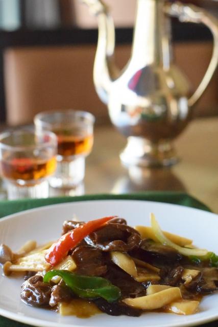 中華料理店での食事