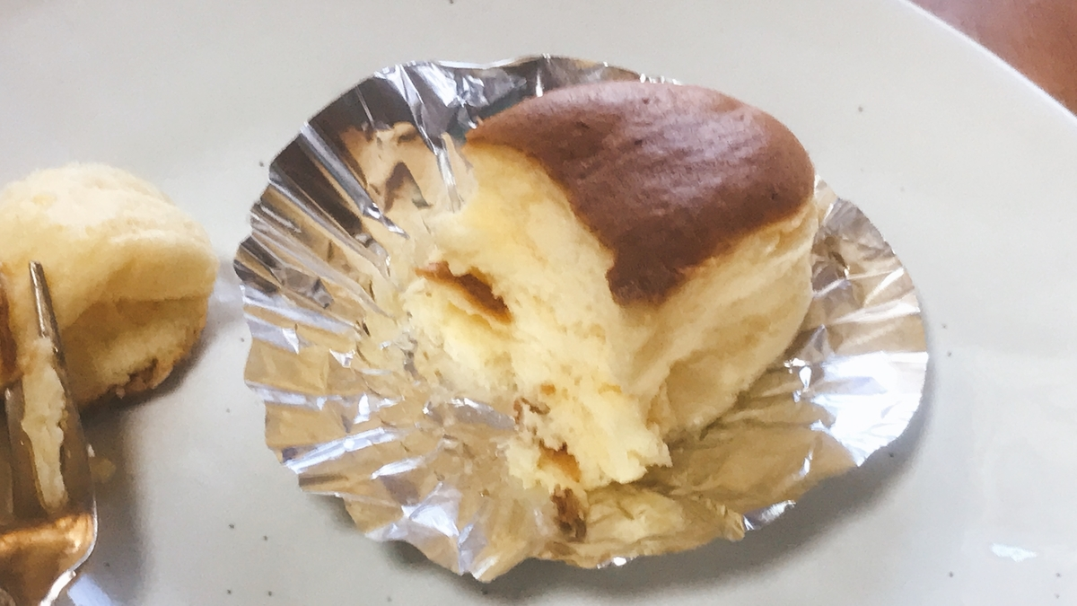 「チーズケーキ」の断面