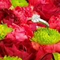 [プロポーズ][箱パカ][サプライズ]花 婚約指輪