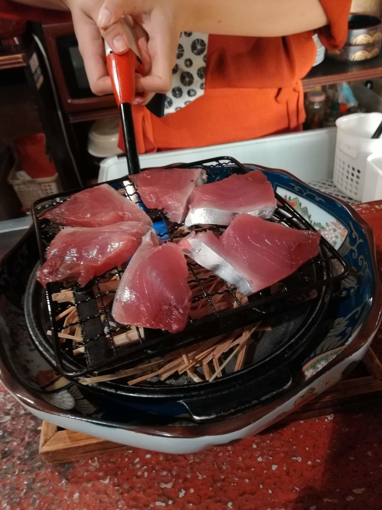 カツオの藁焼き