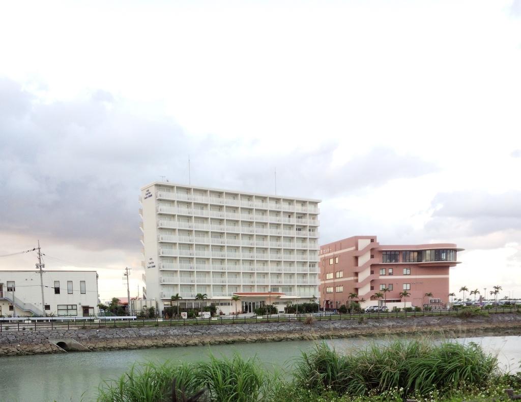 ホテルグランビューガーデン沖縄の全景