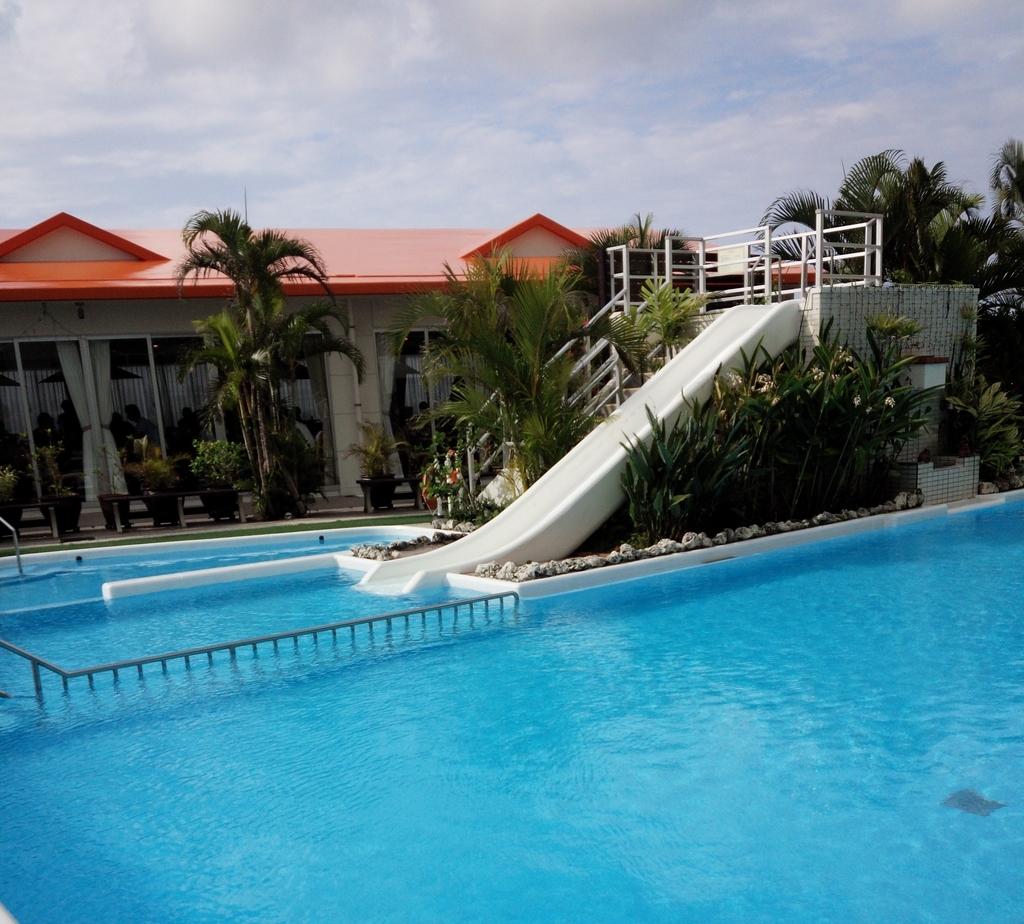 ホテルグランビューガーデン沖縄のプール
