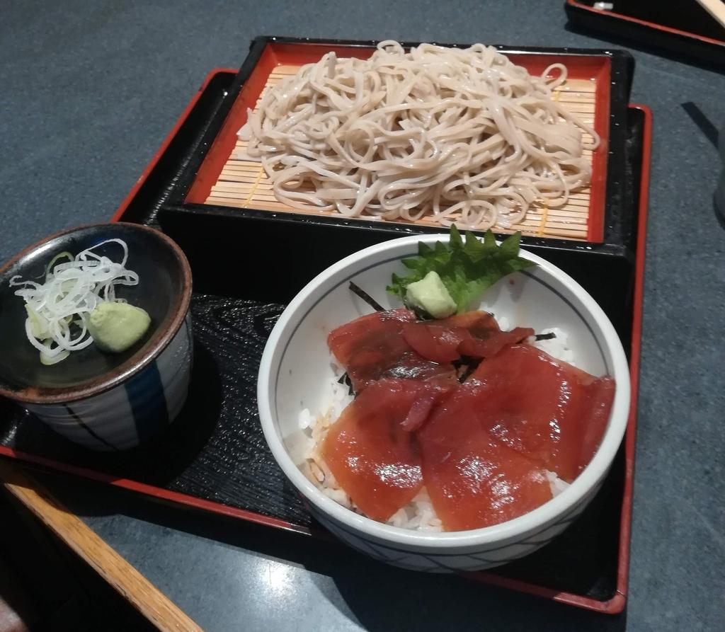 軽井沢の老舗そば処「高美亭」は軽井沢駅すぐそば