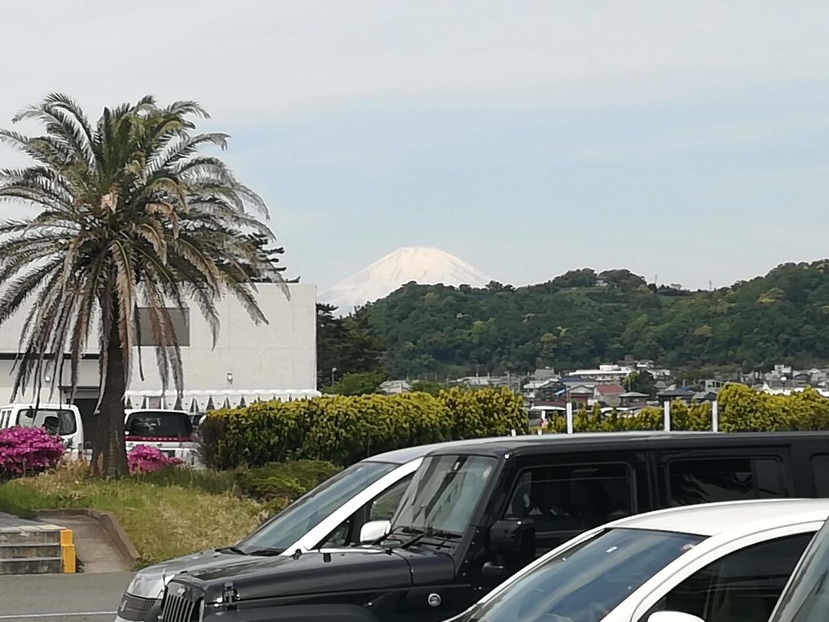 駐車場からは富士山が見えることも!