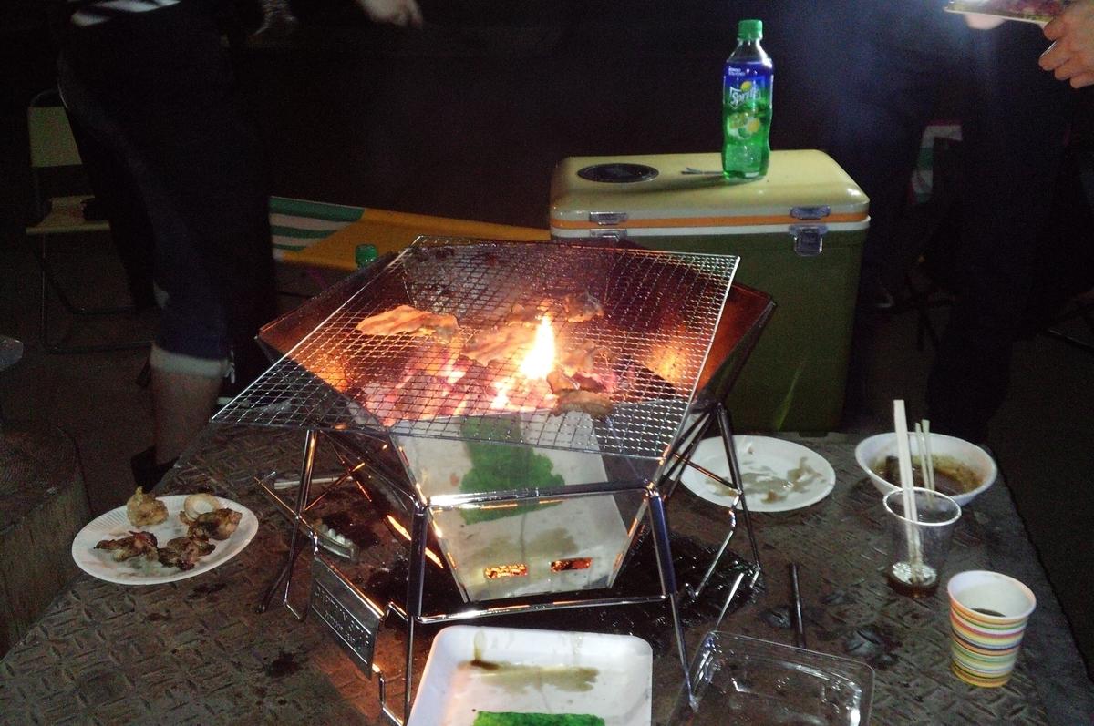 バーベキューが終わった後は焚き火を楽しみましょう