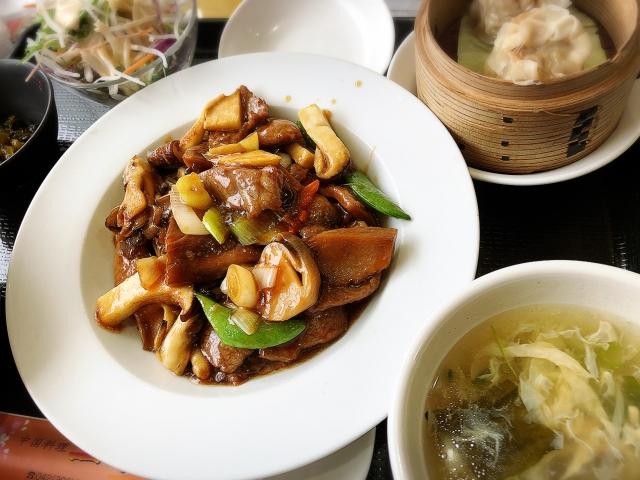 中華料理っておいしいですよね!(写真はイメージ)