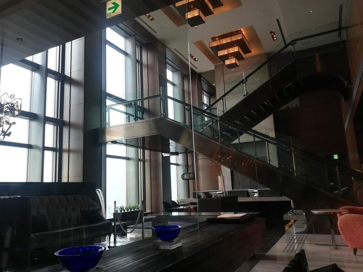 フレンチファインダイニング「シグネチャー」のあるマンダリン東京の37階