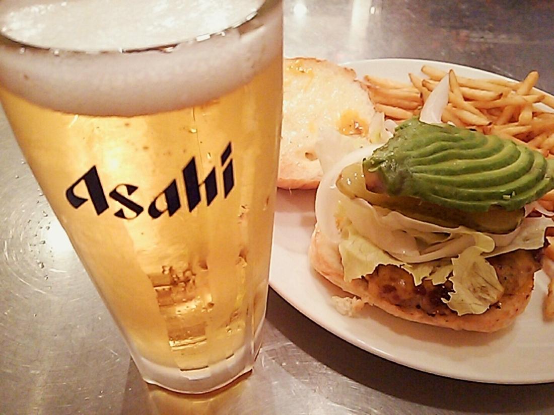 ビール+バーガー