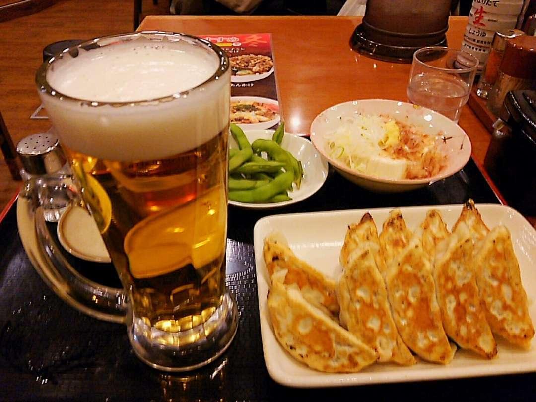 餃子2枚とビールセット