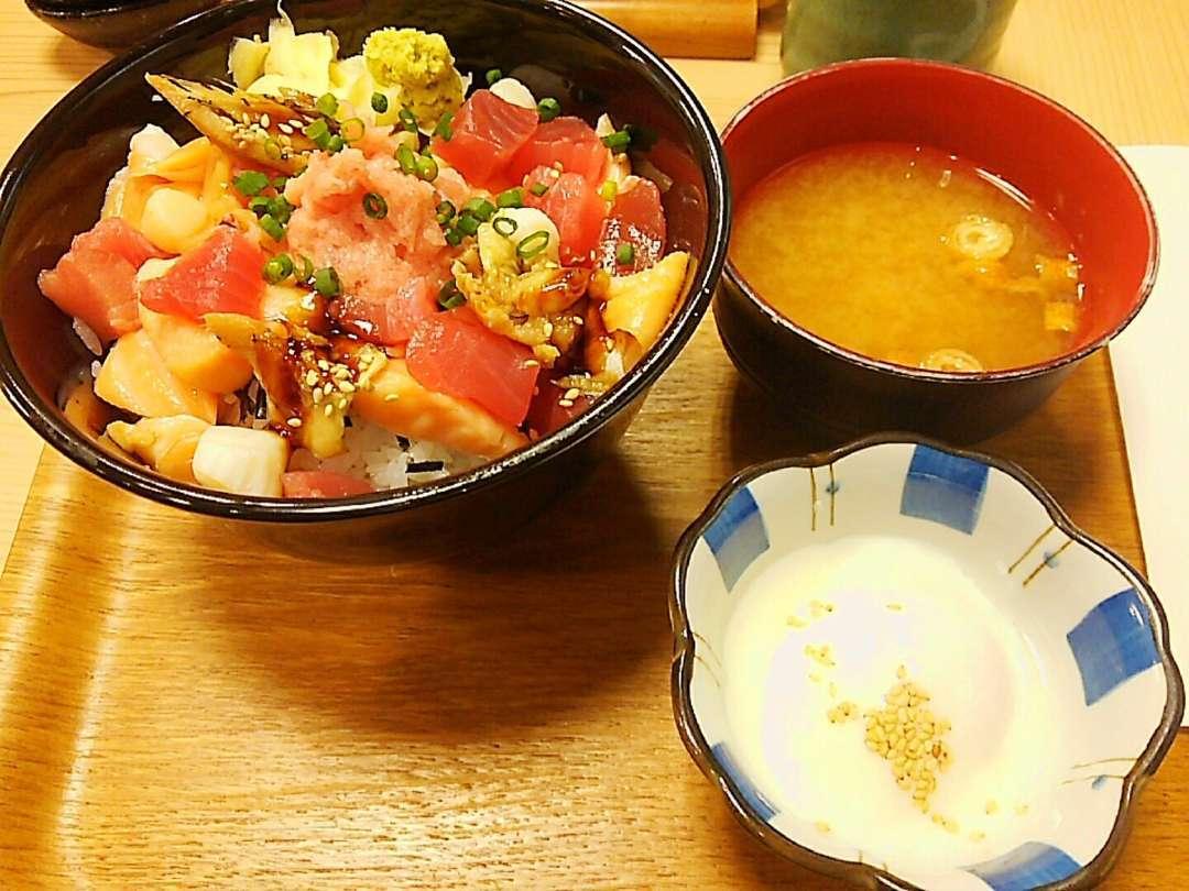 銀座マウンテン丼