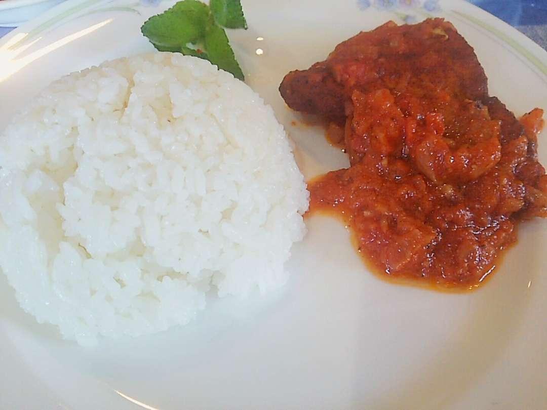 魚のトマト煮
