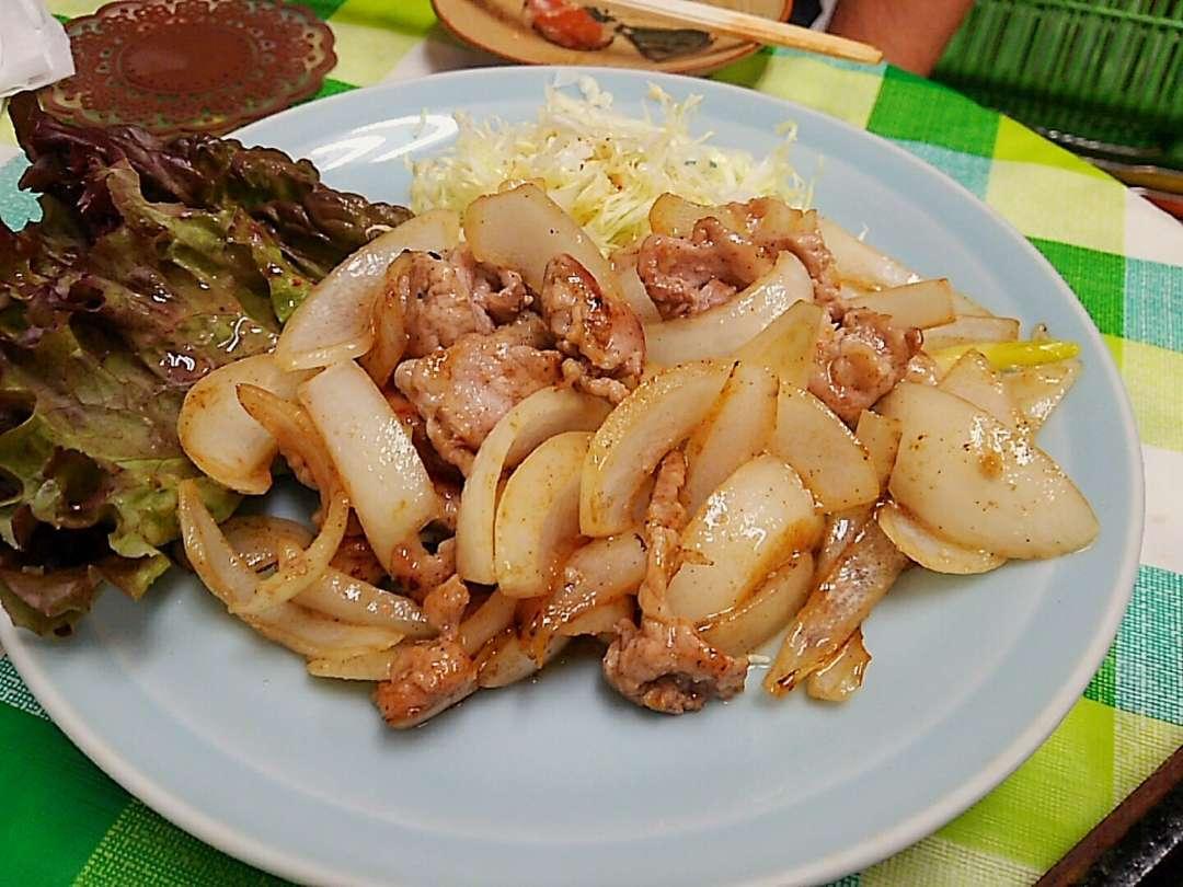 豚肉玉ねぎ生姜炒め
