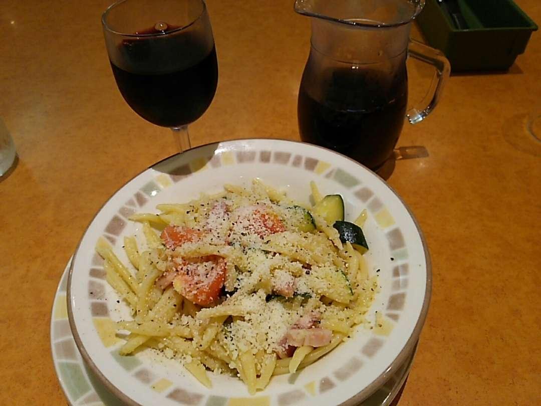 ズッキーニとトマトのトロフィエ
