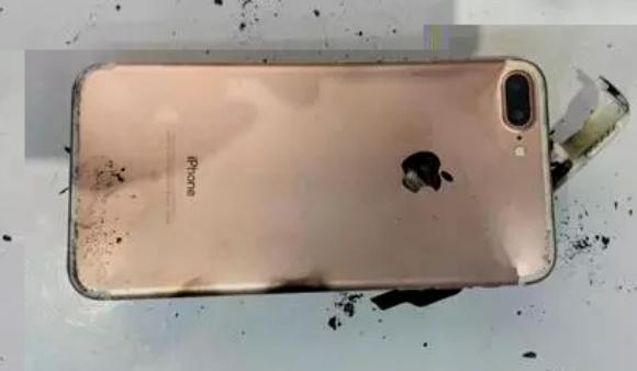 Phone7 Plus爆発