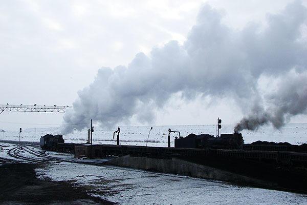 051231朝の三道嶺・西駅