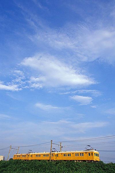 050822夏空と相鉄モニ