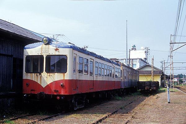 050918若柳駅横