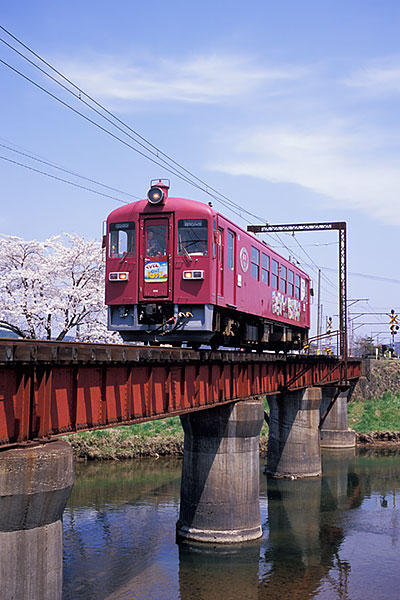 060429鴬沢桜とOHバンデス号