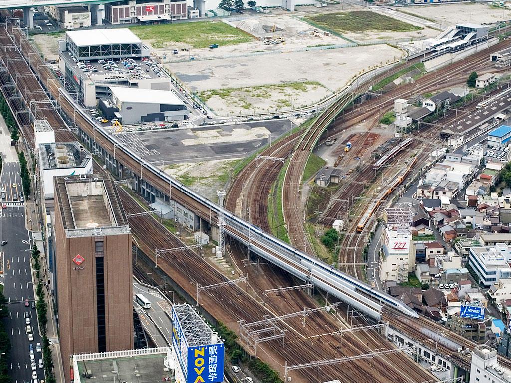 070716ミッドランドスクエアから500系新幹線