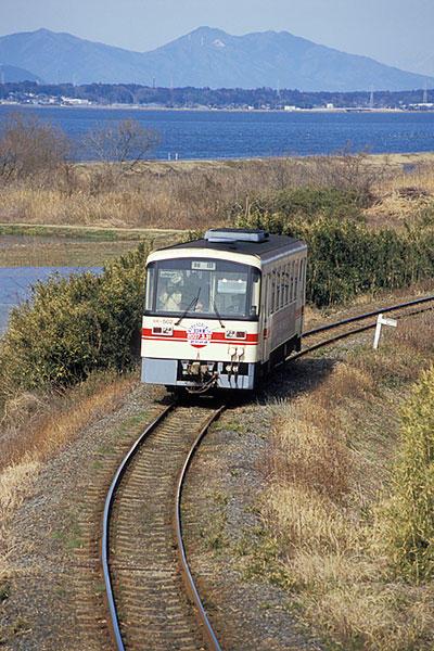 072025鹿島鉄道KR502と霞ヶ浦