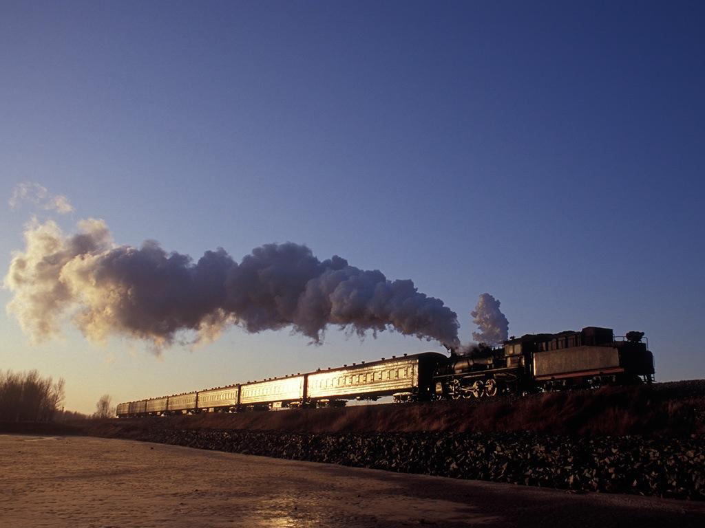 080212小康近くで光る東関屯発406列車