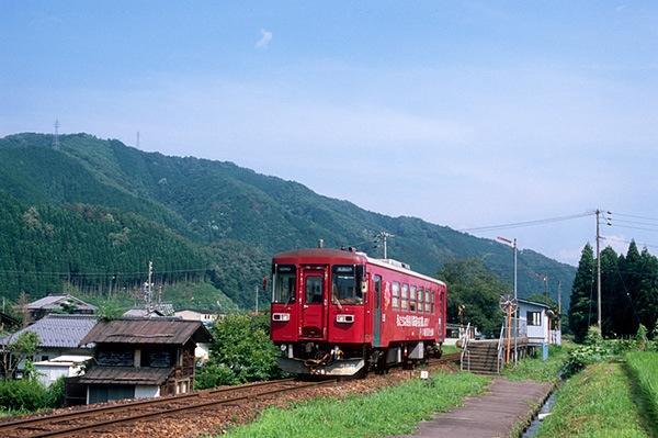 080719上万場駅にて