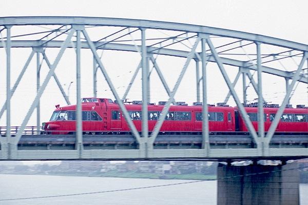 080830犬山橋を渡る日本ライン新可児号