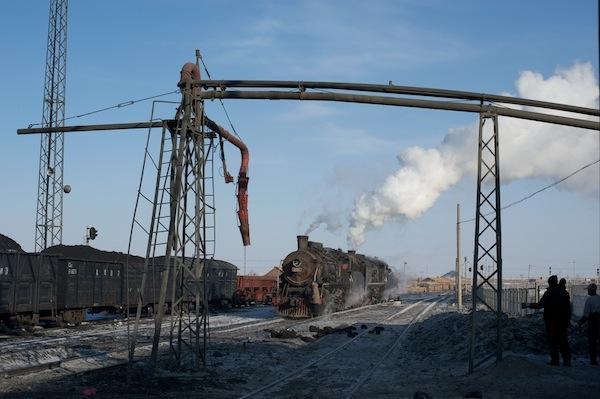 090212 ジャライノール大橋站の入換風景