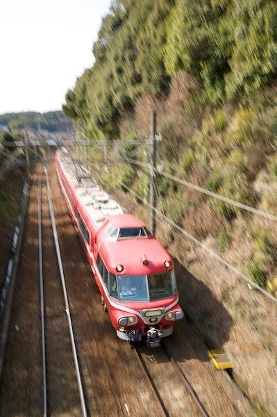 090321 名電山中を走るパノラマカー