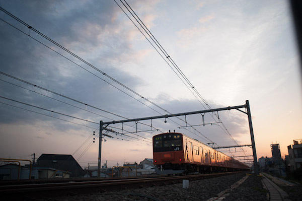 090405 中央線201後追い